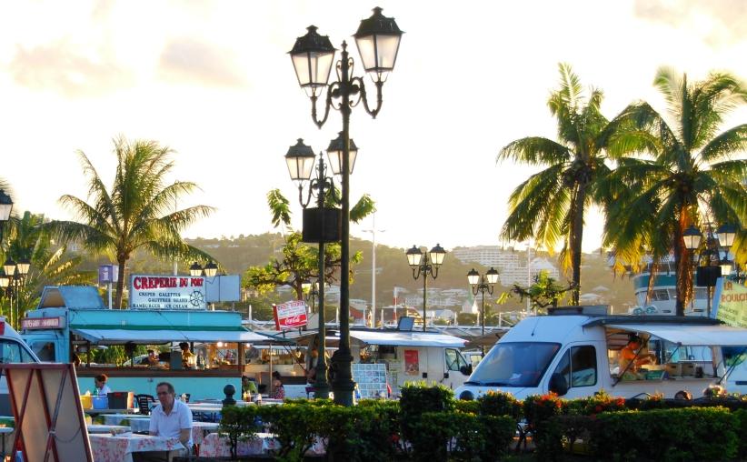 TIKEHAU - TAHITI - LOS ANGELES